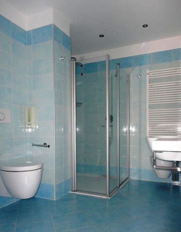 Realizzazioni eurobox doccia arredi bagno box doccia for Arredo bagno pinerolo